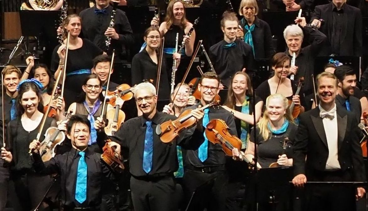 Photo of the orchestra after playing Stage and Screen